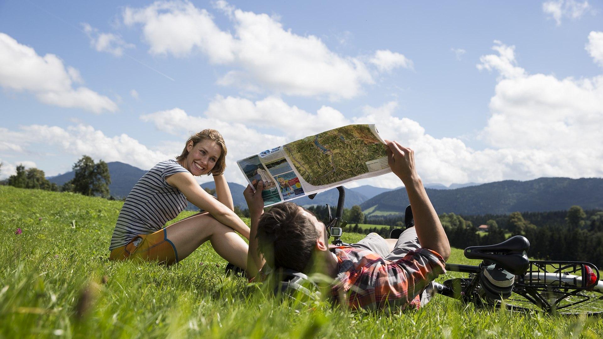 Entspannen und Radeln - ein perfektes Urlaubsduo in der Alpenregion, © Hansi Heckmair