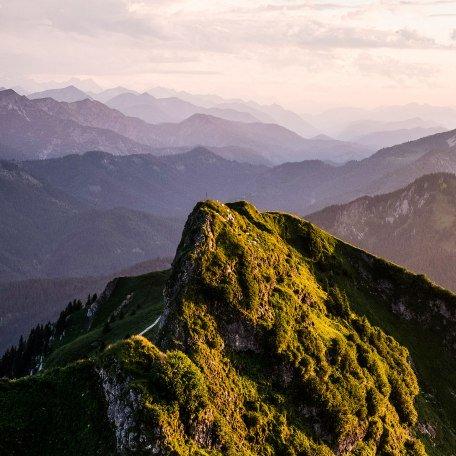 Atemberaubende Ausblicke am Rotwand Gipfel, © Alpenregion Tegernsee Schliersee