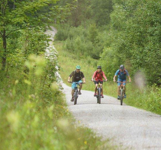 Idyllische Radwege führen durch die Alpenregion Tegernsee Schliersee, © Dietmar Denger