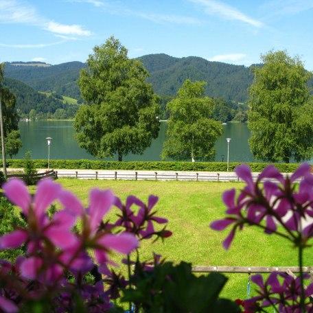 Seeblick von Balkon / Terrasse, © im-web.de/ Gäste-Information Schliersee in der vitalwelt schliersee
