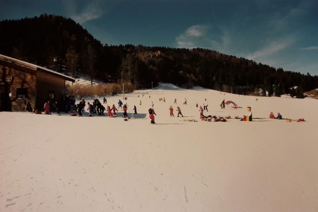 kinder-skikurs-am-pfannilift-1030x687