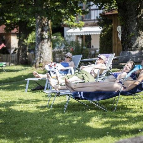 Unsere einmalige Liegewiese am See, © im-web.de/ Gäste-Information Schliersee in der vitalwelt schliersee