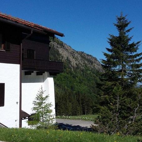 Außenansicht des Hauses, © im-web.de/ Gäste-Information Schliersee in der vitalwelt schliersee