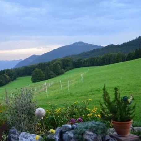 Blick vor dem Haus, © im-web.de/ Touristinformation Fischbachau