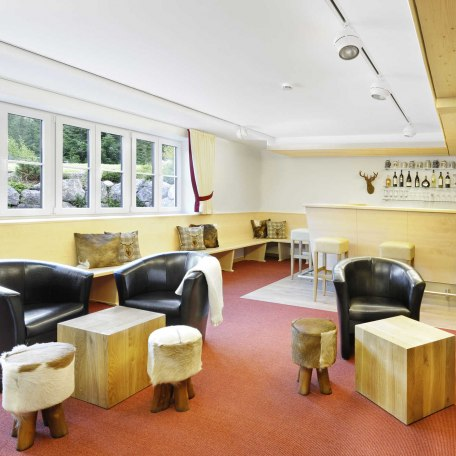 Lounge mit großen Flachbildschirm, © im-web.de/ Gäste-Information Schliersee in der vitalwelt schliersee